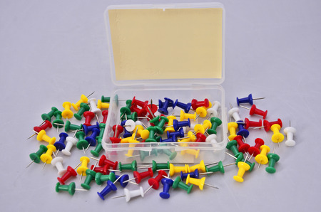 Vivid color pegs with plastic box