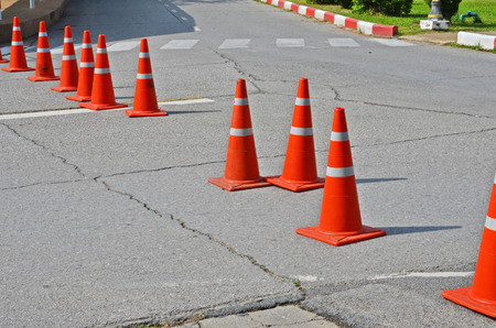 Close and open lanes by using traffic cones