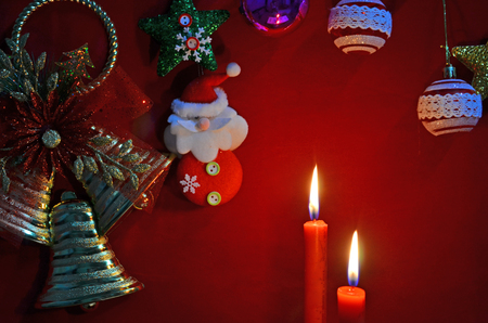Christmas celebration in candle lights and accessory decoration Imagens