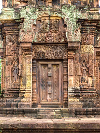 lintel: Cambodia Angkor Wat Khmer Asia tourist attraction pathway View Castle Rock archaeologicalsite door arch lintel Carvings 3 Stock Photo