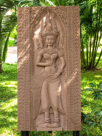schnitzer: Kambodscha Angkor Wat Khmer Asien Touristenattraktion Weg anzeigen Craft Centre Crafts Zentren Handwerk Holzschnitzerei Carver G�ttin