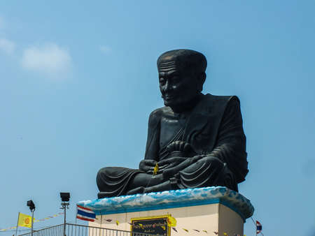 the godfather:  Somdet Luang Pu Thuat shrine godfather tap