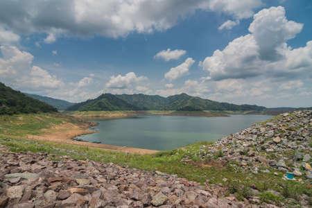 nakhon: Khun Dan Prakan Chon Dam View