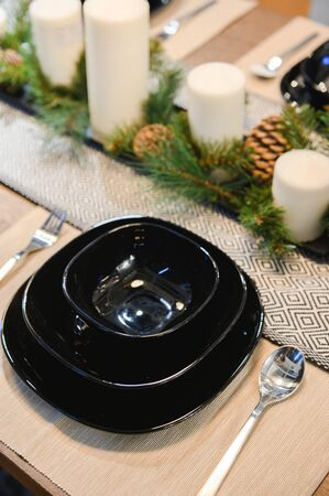 dinner table decoration design for Christmas celebration