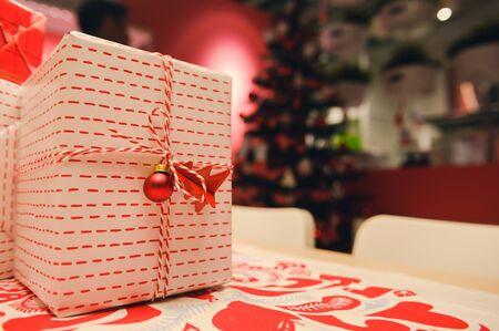Christmas and new year 2020 gift box,christmas celebration Imagens