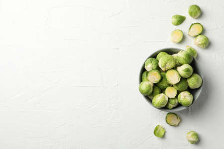 Bowl with brussels sprout on white background, top view 版權商用圖片