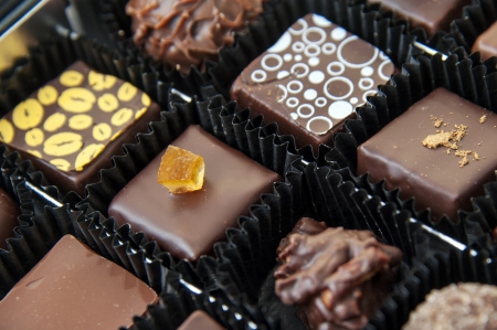 praline: A box of various chocolate pralines - the photo is taken above Stock Photo