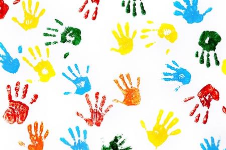 Hands nyomatok gyerekek által készített elszigetelt fehér háttér