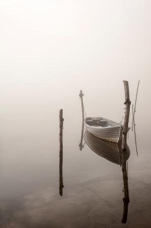 bateau dans le brouillard Banque d'images