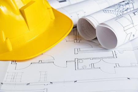safety helmet: El tema de la construcci�n con planos y casco de seguridad