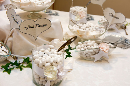 wedding table with white confetti