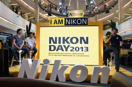 paragon: BANGKOK, THAILAND - AUG 22  Arthit Aussarat and Sarun Srisingchai are guest speaker on topic  Home made video  at Nikon Day 2013 on 22 August at 1st floor Fashion Hall Siam Paragon, Bangkok, Thailand