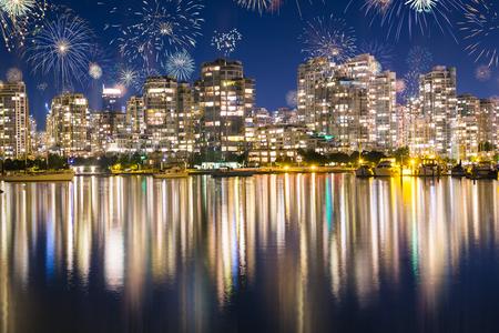 불꽃 놀이, 영국, 콜롬비아, 밴쿠버의 새해 전야 스톡 콘텐츠