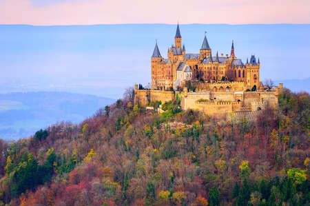 Hohenzollern 성, 슈투트가르트, 독일, 이른 아침 빛