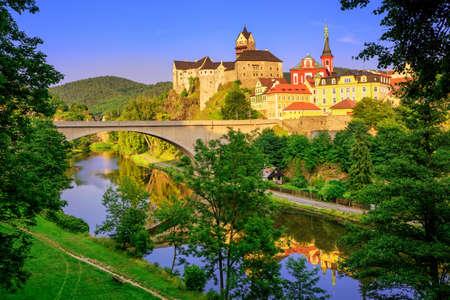 vary: Castle Loket int the near of Karlovy Vary, Czech Republic