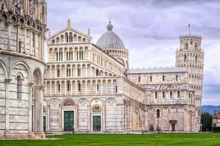 piazza dei miracoli: The leaning tower of Pisa on Piazza dei Miracoli, Pisa, Italy Stock Photo