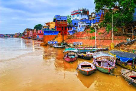 Varanasi am Ganges, Indien Standard-Bild - 47830607