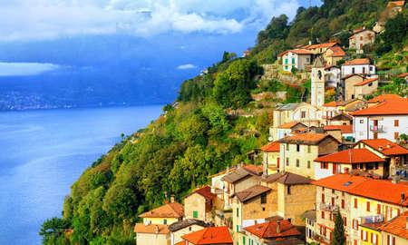 lake como: A small town on the Lake Como in northern Italy near Milan, Italy