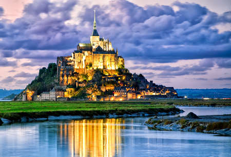 mont: Mont Saint-Michel is one of Frances most recognizable landmarks,  Stock Photo