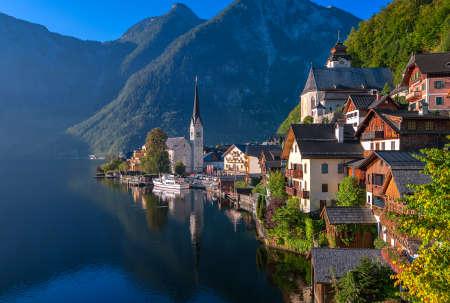 목가적 인 고산 호수 마을 할슈타트, 오스트리아
