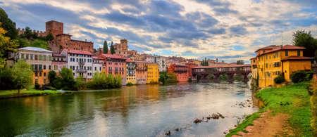 Panoramic view of Bassano del Grappa Old Town and Ponte degli Alpini bridge, Italy Archivio Fotografico
