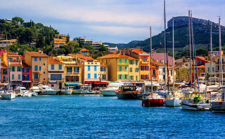 Colorful houses in the popular resort town Cassis by Marseilles, Provence, France Stok Fotoğraf