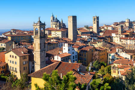 Bergamo, view over the red tile roofs and towers of medieval historical Old Town, Lombardy, Italy 版權商用圖片