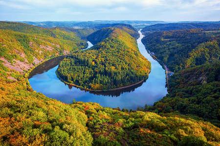 Saarschleife (river Saar loop) in Mettlach, Saarland, view from Cloef. Saar loop is one of natural wonders in Germany. 版權商用圖片