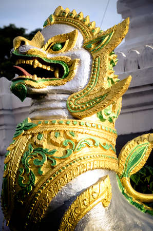belive: The animals are beautiful temples in Thailand .