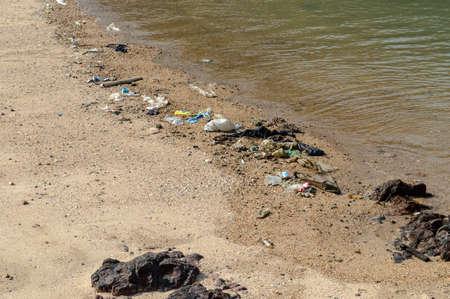 coastal feature: Wastes on the beach.