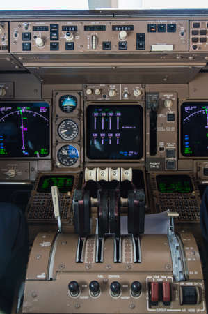 boeing 747: Controlli a farfalla di Motori Boeing 747 Archivio Fotografico