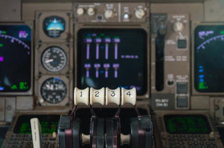 boeing 747: Controlli a farfalla di Motori Boeing 747 Editoriali