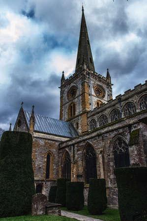 baptized: Shakespeares burial place holy trinity church stratford-upon-avon warwickshire the midlands england uk.
