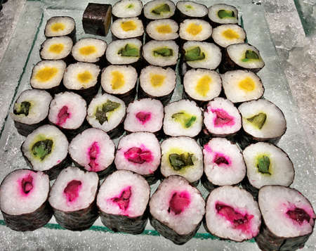 maki sushi: Maki � un petit-d�jeuner buffet.