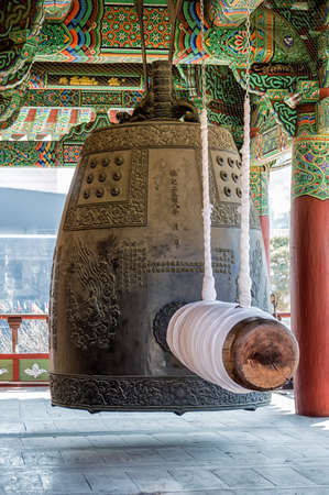bell bronze bell: A large bronze bell at Bongeunsa Temple in Seoul, South Korea. Editorial