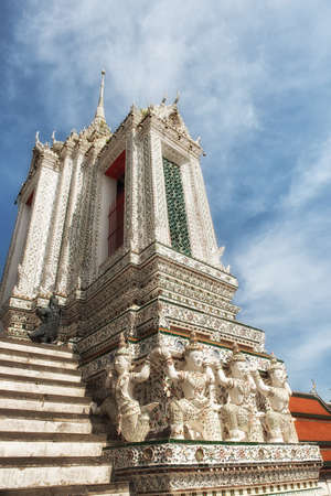 Wat arun temple of the dawn Stock Photo