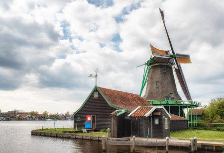 zaan: Oil mill de bonte hen,Zaanse Schans, Traditional Dutch old wooden windmill in Zaanse Schans - museum village in Zaandam. The Netherlands.
