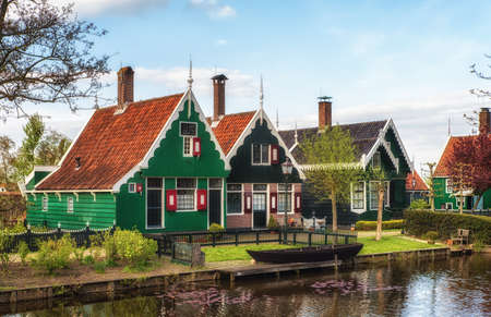 zaan: Beautiful Dutch Scene with Traditional Houses by the Canal