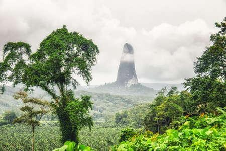 Mountain peak of Cao Grande, São Tomé and Príncipe 免版税图像