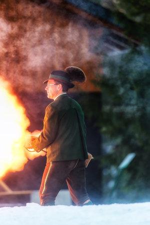 Bad Ischl, Austria  31 December 2017: Celebratory gunfire performed by the shooters from the Association of the D´Ischler marksmansguild. Standard-Bild - 109671400
