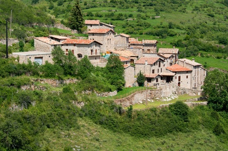 Beautiful mountain village in the eastern Pyrenees Catalonia Spain 免版税图像