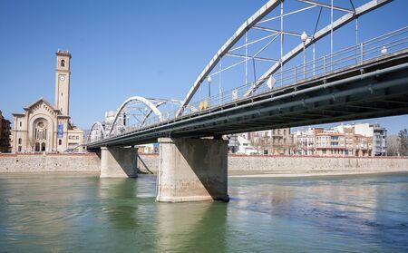 ebro: Citt� di Tortosa e l'Ebro river.catalonia.Spain Archivio Fotografico