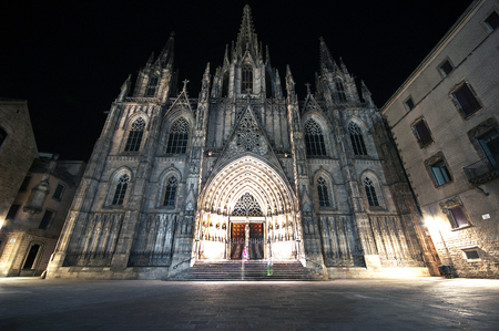 gotico: The gothic Barcelona Cathedral at night,Catalonia, Spain Foto de archivo