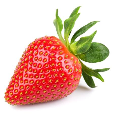 fresa: Fresa fresca aislada sobre fondo blanco. Estudio macro