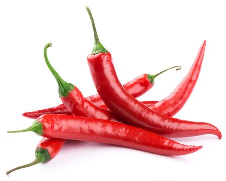 Papryka chili samodzielnie na białym tle
