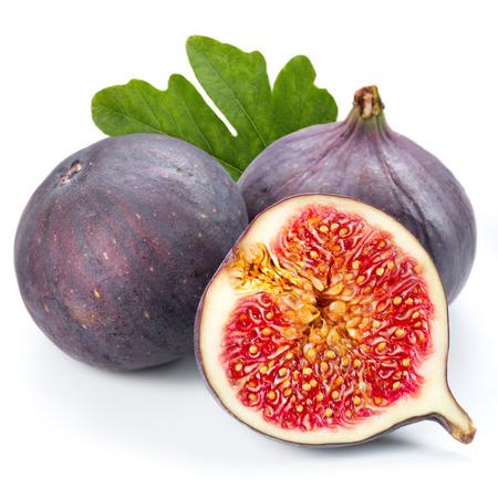 흰색 배경에 과일 무화과