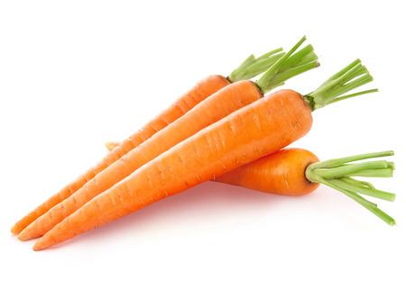 zanahoria: zanahoria aisladas sobre fondo blanco