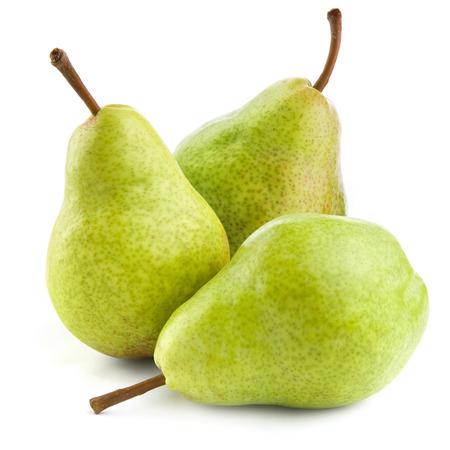 白い背景に分離された熟した梨