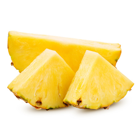 pineapple with slices isolated on white Imagens - 38982775