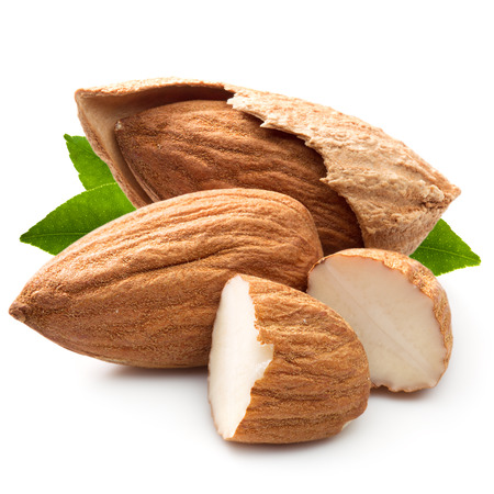 Geïsoleerd amandelen noten Stockfoto - 38982030